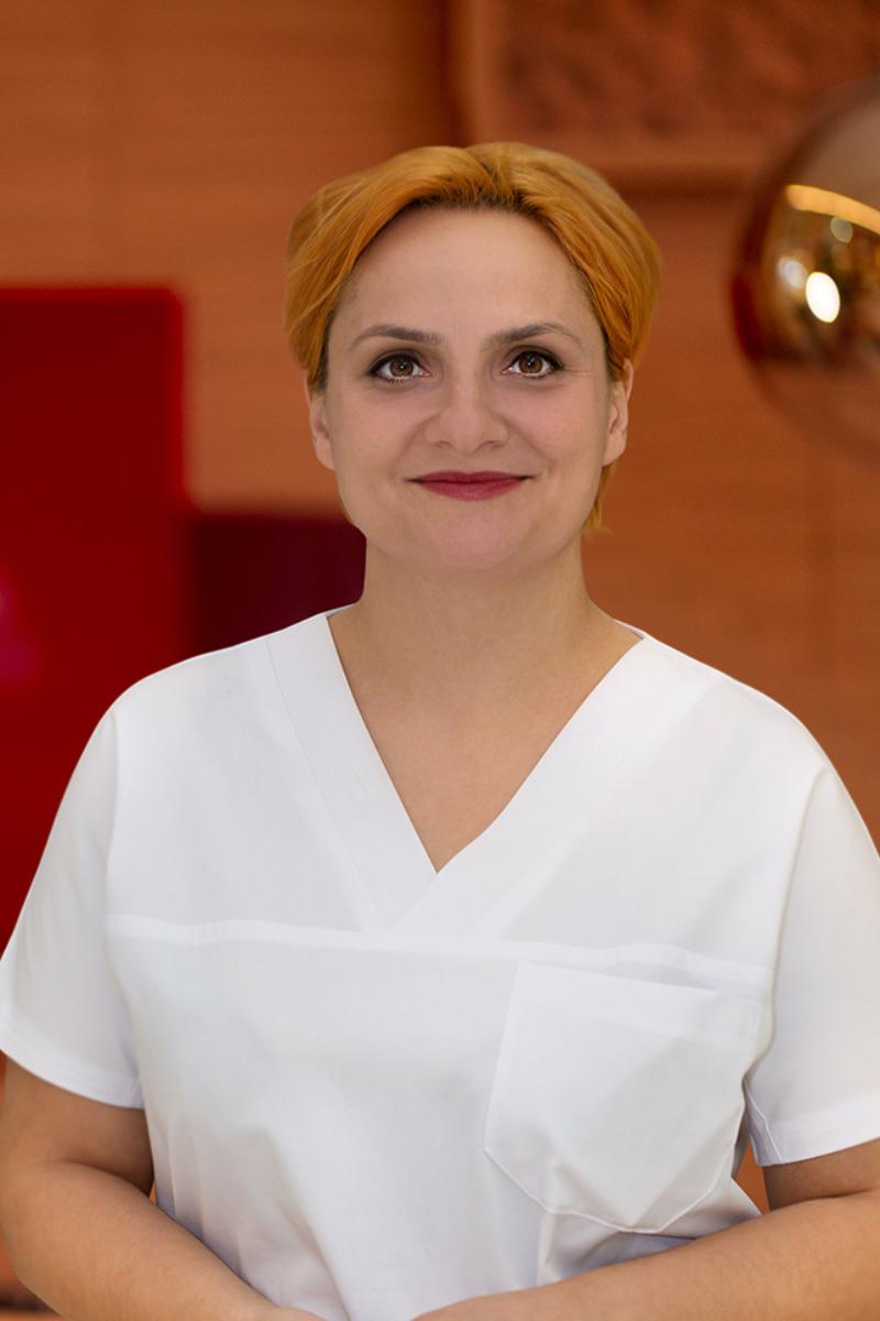 Dr. Alexandra Manoleli