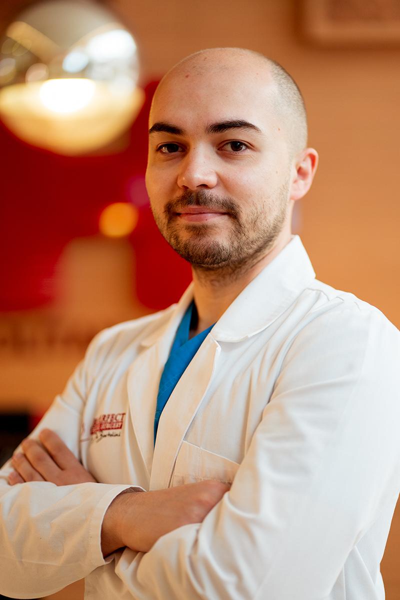Dr. Alin Bortolini